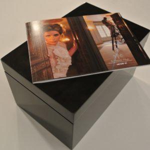 La Feminine Magie box set of surfaces, colors, story